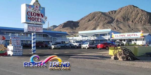 Saat Nginap Di Hotel Nevada Kamu Akan Di Kejutkan Dengan Boneka Badut Lucu Dan Seram