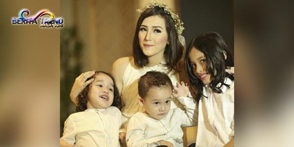 Kebahagian Pasha Di Hari Kartini Istrinya Melahirkan Anak Perempuan