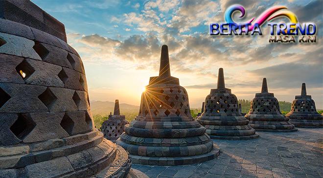 Mempersiapkan Fasilitas Tambahan Menjelang Libur Lebaran di Candi Borobudur