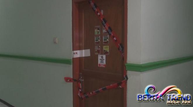 KPK Menyegel Ruang Kerja Kadinkes Jombang, Setelah OTT Bupati Nyono