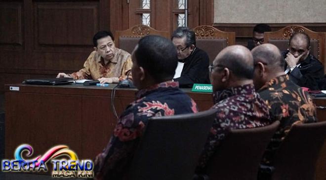 Jaksa Menyinggung 'Papa Minta Saham' Kepada Saksi Meringankan Novanto