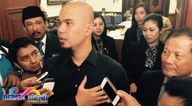 Setelah Dituntut 2 Tahun Bui, Ahmad Dhani Mengungkit Kasus Ahok Lagi