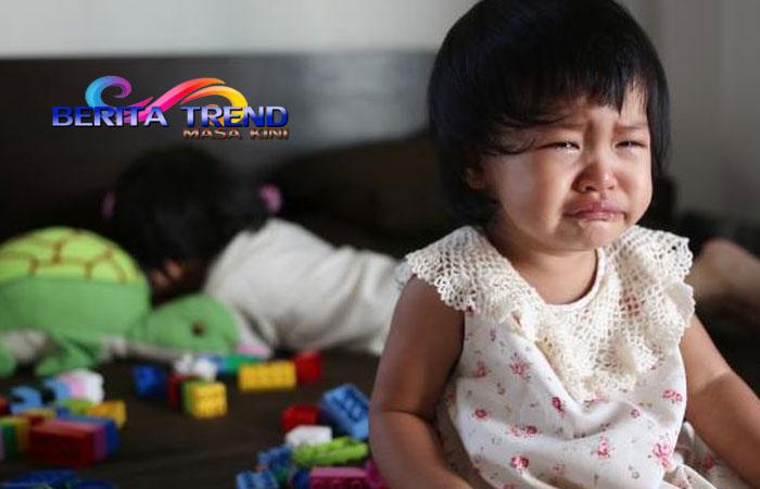 Anak Ditinggal 3 Hari di Rumah Ternyata Orang Tuanya Meninggal