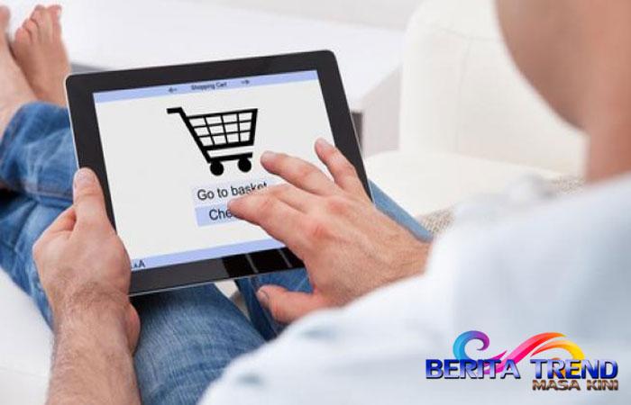Salah satu masalah yang kerap dialami saat belanja online adalah salah kirim barang. Tak hanya membuat kecewa, pembeli juga ikut repot jika harus mengirim barang kembali ke penjual.